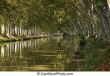 Canal du Midi near Beziers, southern France