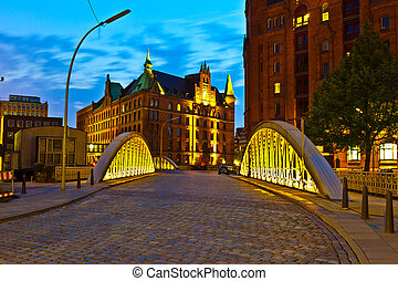 Speicherstadt in Hamburg by night