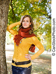 Gorgeous fall fashion girl. - Outdoors portrait of colorful...