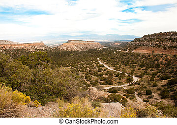 New Mexico Skyline - Clouds form patterns against a...