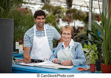jardín, centro, empleados