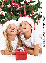 sonriente, niños, navidad