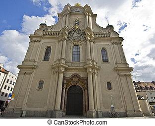 Heiliggeistkirche Munchen - Heiliggeistkirche - Gothic hall...