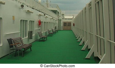 Deck cruise liner