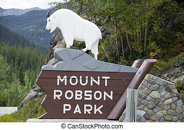 Mount Robson Park - Signpost for Mount Robson Park in...
