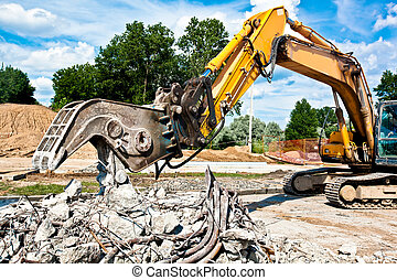 Concrete Crusher at work - Concrete Crusher demolishing...