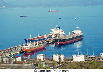 Oil Tanker - tankers standing under load in the oil port