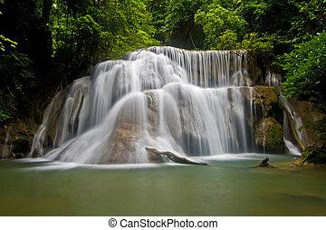 tropicais, Cachoeira, grandioso