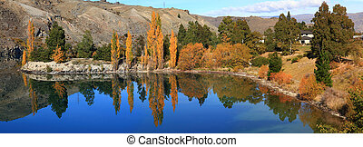 lake dunstan panorama New Zealand - panoram southern alpine...