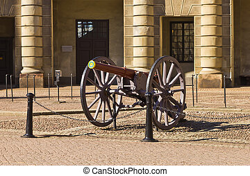 Cannon at the Outer Court of the St