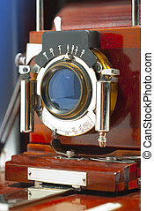 Old wood camera - Antique mahogany wood camera from the...