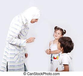 muçulmano, mãe, dela, crianças