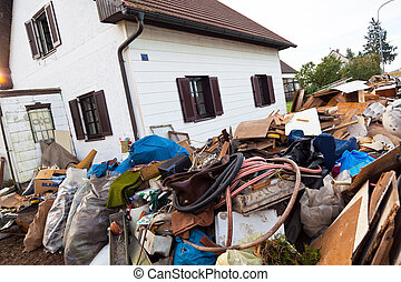 evacuation of a residential building - a house is cleared...