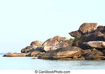 Snoopy, 岩石
