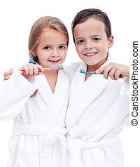 Kids preparing to brush teeth