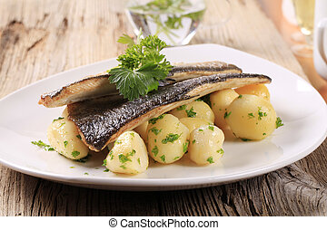 Pan fried trout fillets with potatoes - Pan fried trout with...