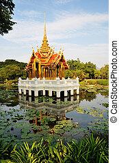 Templo, jardim