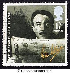 Postage stamp GB 1985 Peter Sellers - GREAT BRITAIN - CIRCA...