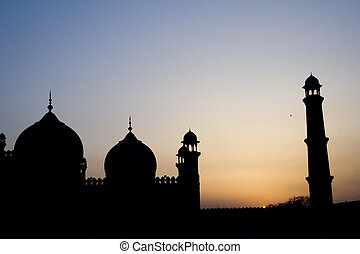 Silhouette of badshahi mosque