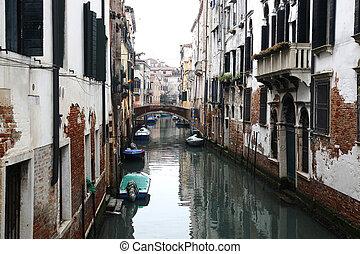 Canal Sestiere Castello Venice