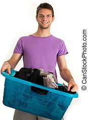jovem, homem, lavando