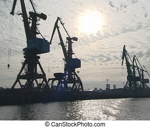 Sea port industrial cranes. - Sea port industrial cranes in...