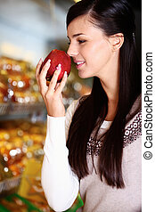 Smelling apple