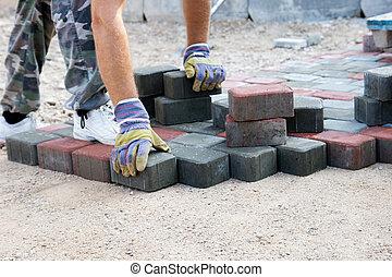tijolo, paver, trabalhando