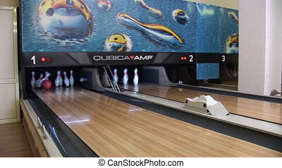 bowling 2 - bowling ball knocks down pins
