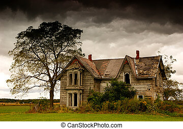 Abandoned House - A very abandoned house with dark clouds