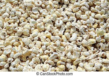 Popcorn - Alot of big popcorn on the table