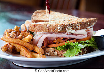 Club Sandwich - Smoked turkey, smoked ham, smoked bacon,...