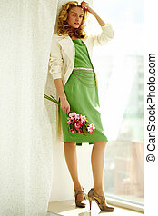 Full-length portrait of woman - Young woman in stylish...