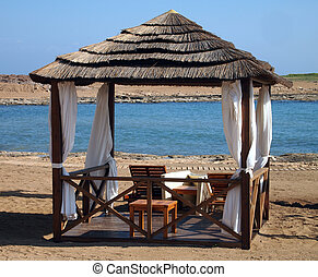 Place for rest in a peaceful cove - Idyll on a beach
