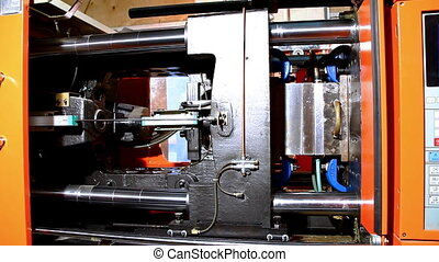 plastic press molding machine work - details ready