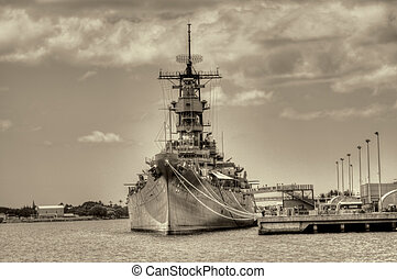 Battleship Missouri - USS Missouri - decommissioned...