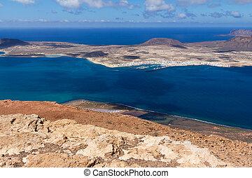 lanzarote, mirador del rio - canary islands, lanzarote, isla...