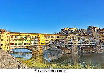 Ponte Vecchio - The Famous Ponte Vecchio Bridge in Florence