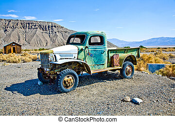 old stage wagon in Ghost town and former Gold Town of...
