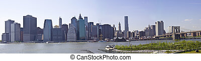 Brooklyn bridge Skyline New York - Lower Manhattan with...
