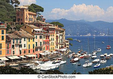 View on Portofino, Italy. - View on famous town of Portofino...