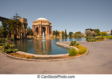 San Francisco Tourist Attraction - The peaceful park around...
