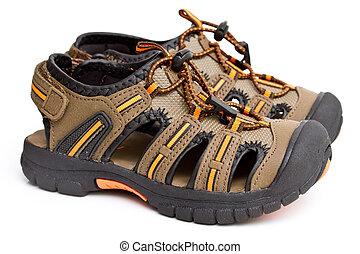 meninos, sandálias