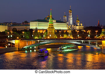 Moscow Kremlin in night Russia - Kind to the Moscow Kremlin...