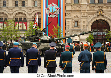 MOSCOW - MAY 6: Main battle tank T-90 and soldiers...