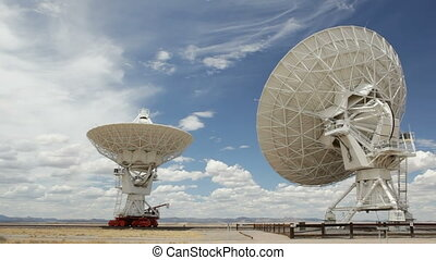 Moving radio antenna, Very Large Array, New Mexico