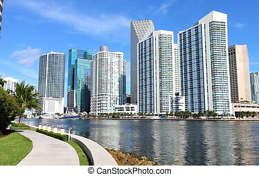 Exquisite Skyline View, Miami - Miami view on a shiny day,...