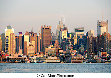 Urban skyline from New York City Manhattan - New York City...