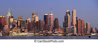 New York City Manhattan sunset panorama