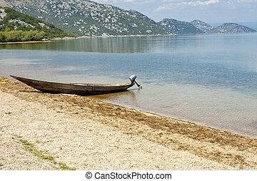 Beach next to Skadarsko lake - Montenegro